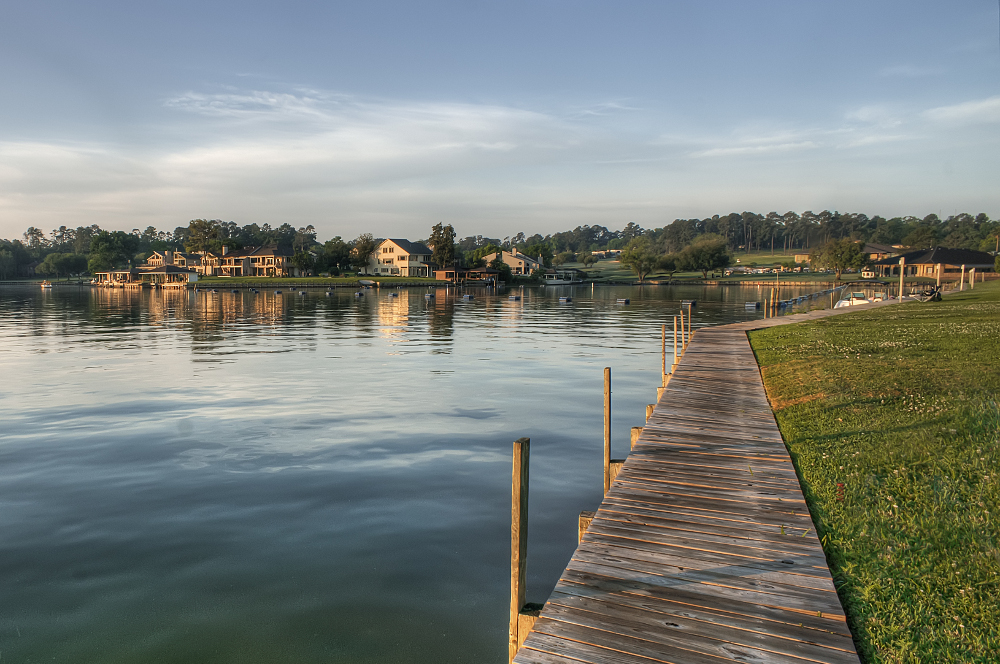 Lake-Conroe.jpg